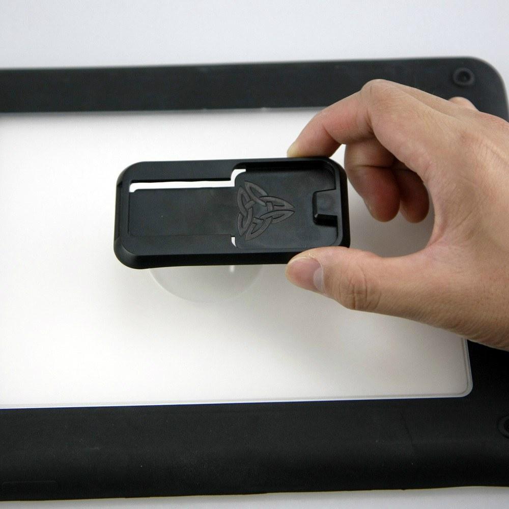 Uniwersalny adapter samoprzylepny TYPE-T UA-2
